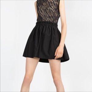 🎁SALE🎁 NEW Zara Woman Scrunch Waist Skirt Medium